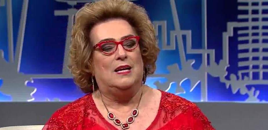 Mamma Bruschetta não faz mais parte do time de apresentadores do Fofocalizando, atração do SBT. (Foto: Reprodução)