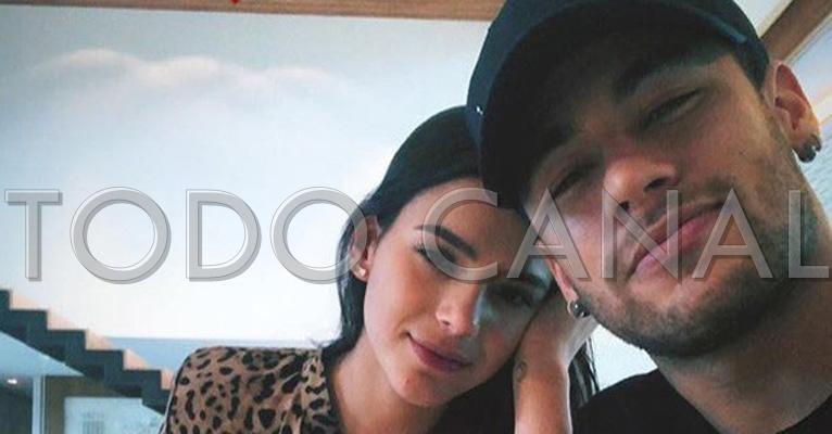 A atriz Bruna Marquezine e o jogador Neymar Jr seguem separados, mas o futuro pode reservar fortes emoções para o ex-casal de famoso. (Foto: Reprodução)