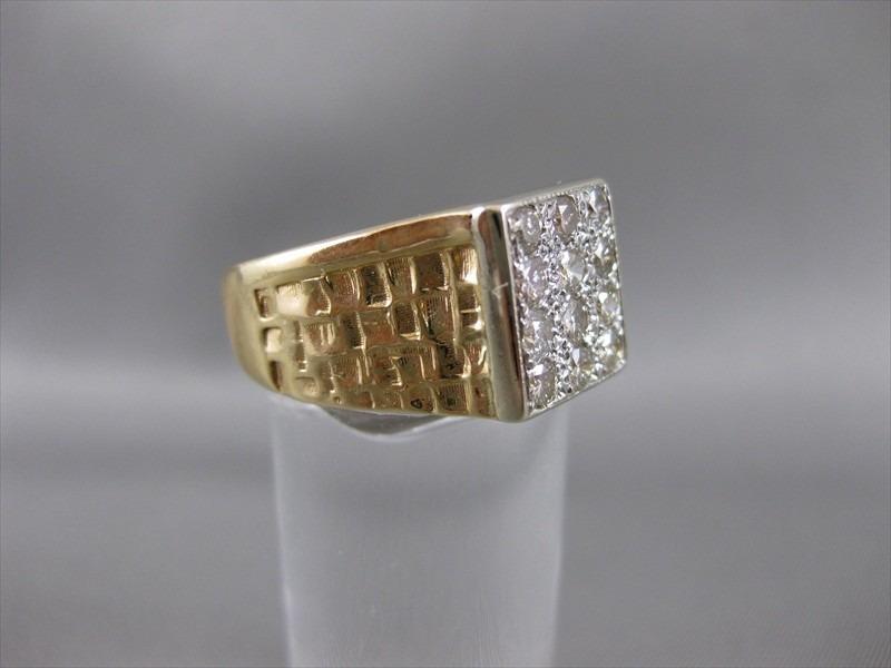 Por engano, homem vende anel de diamante por R$20