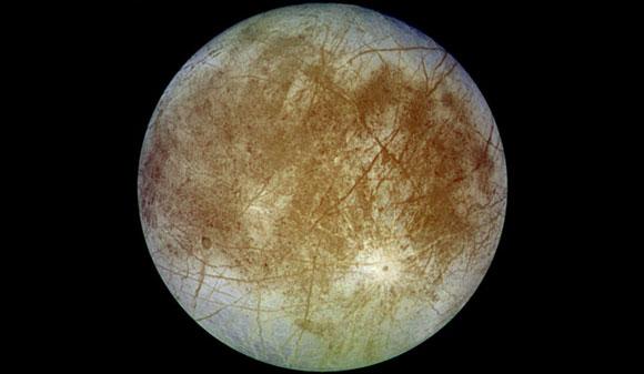 Cientistas encontram evidências de placas tectônicas no satélite natural de Júpiter
