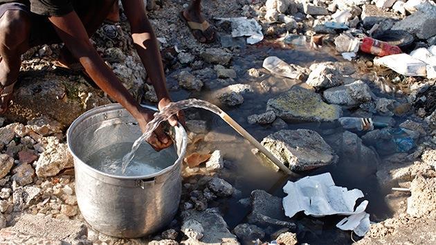 Menores de idade se prostituem em troca de água no Haiti