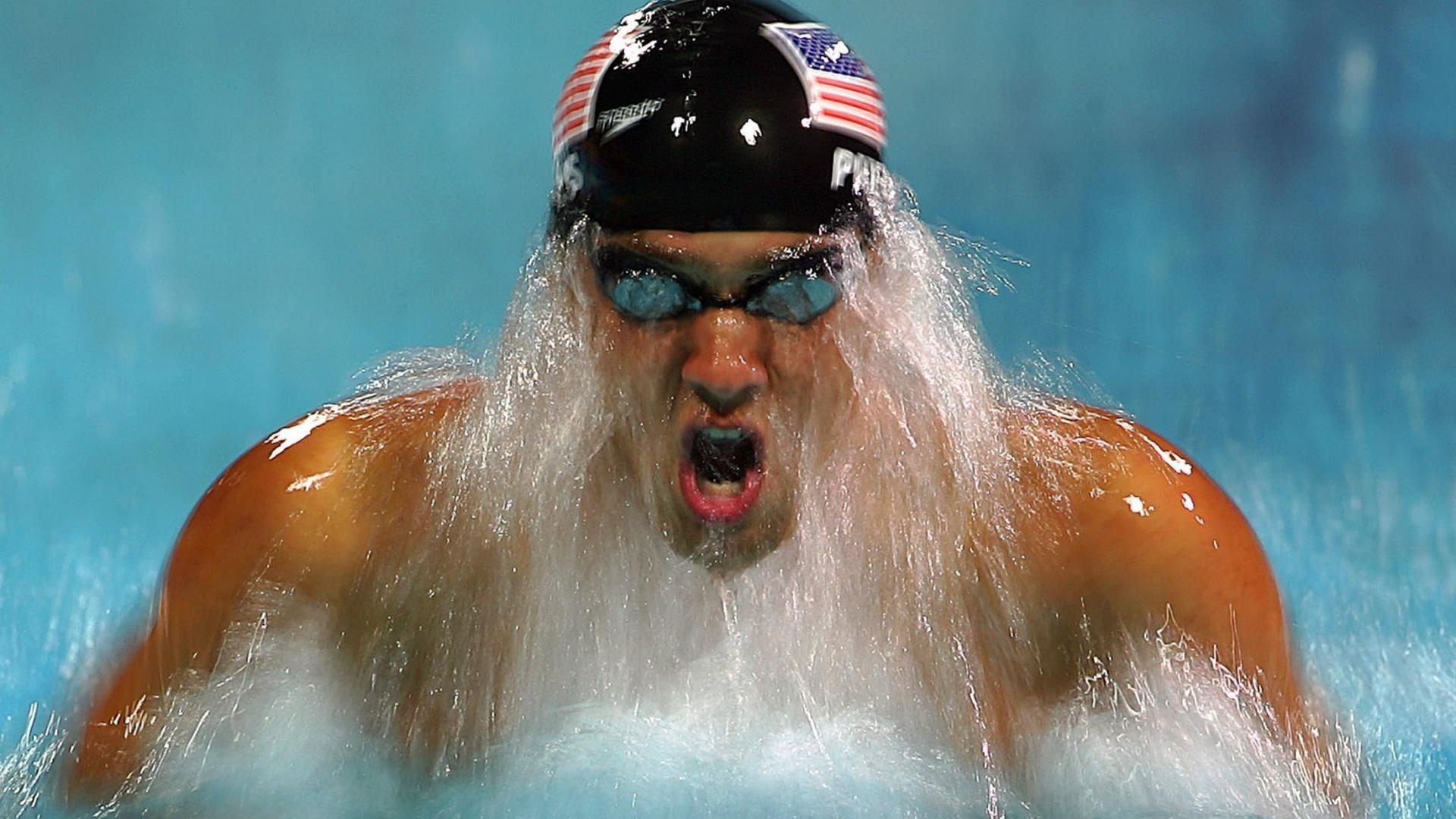 O campeão olímpico de natação, Michael Phelps, foi preso por dirigir embriagado