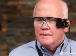 Olho bionico implante