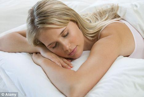 Dormir oito horas por noite faz você parecer mais atraente
