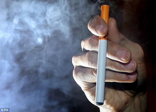 Cigarros digitais contém 10 vezes mais substâncias cancerígenas do que os cigarros normais, dizem especialistas