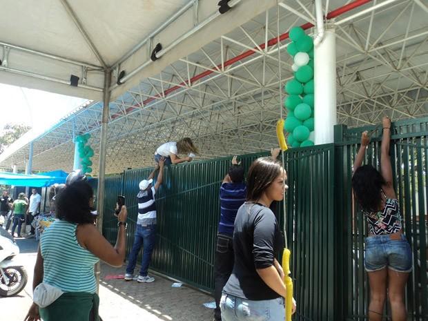 Enem: candidatas pularam portão em Brasília e foram eliminadas pelo Ministério da Educação