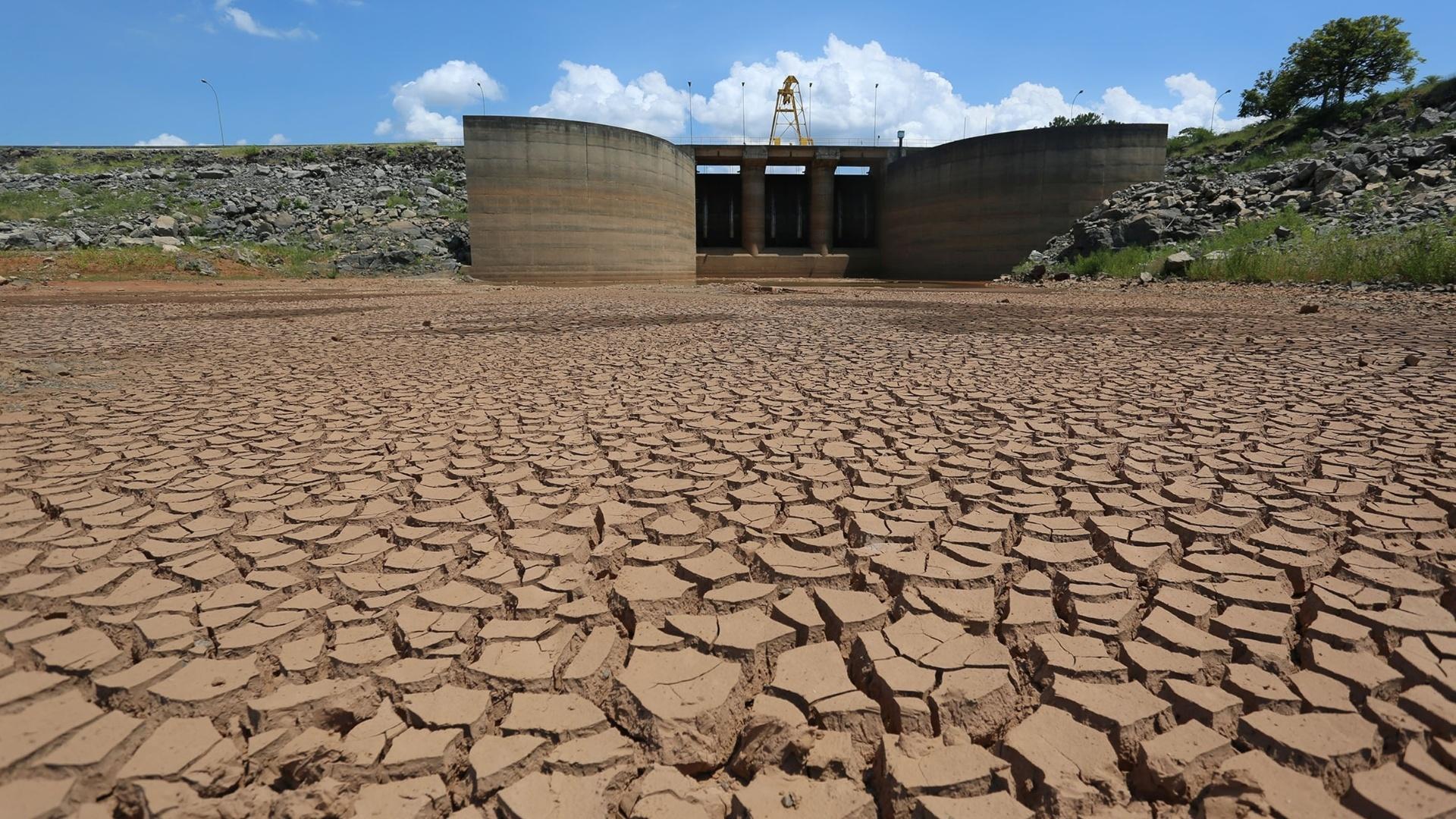 Volume de água do Sistema Cantareira fica estável após chuva