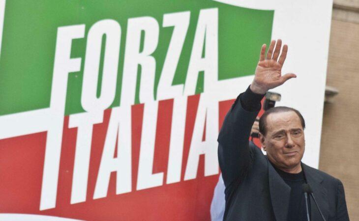 Ex-partido de Berlusconi passa por momento tenso na Itália