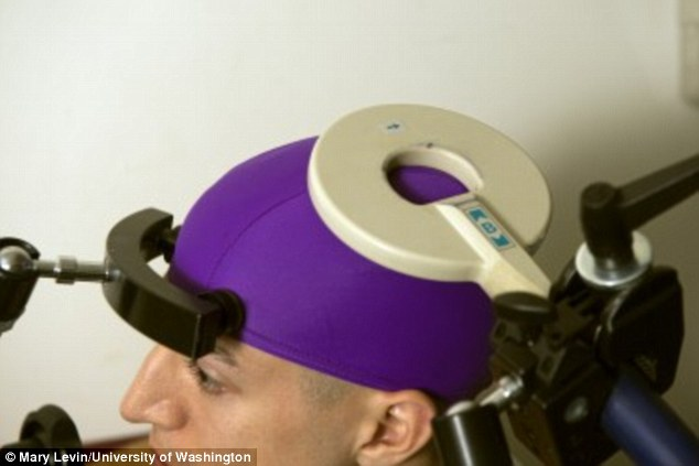 "Especialistas apresentam tecnologia que permite ""controle de mente"""