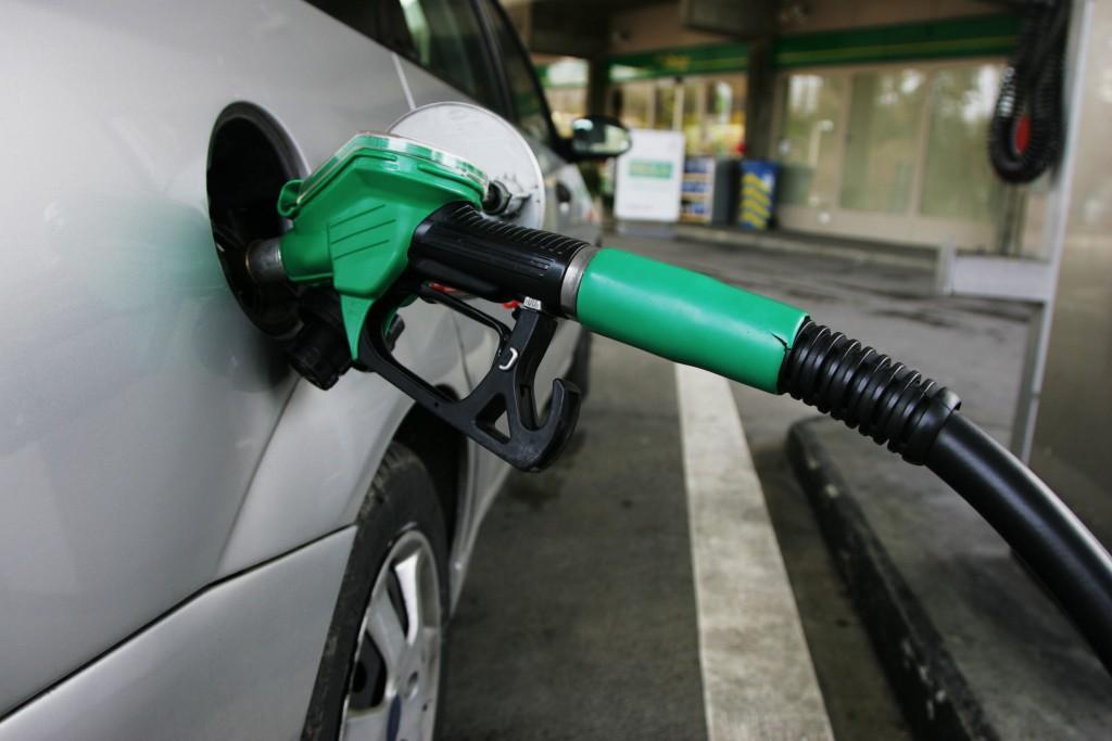 Aumento da gasolina fez inflação avançar em outubro