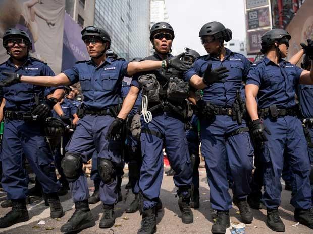 Manifestação em Hong Kong termina com  mais de 100 detidos