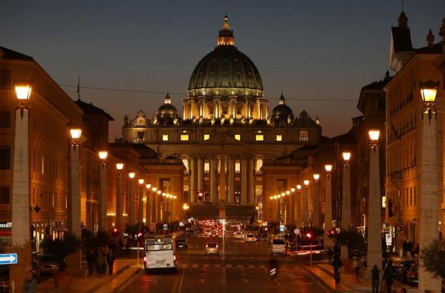 Vaticano prepara manual para dar transparência aos balaços financeiros da Igreja
