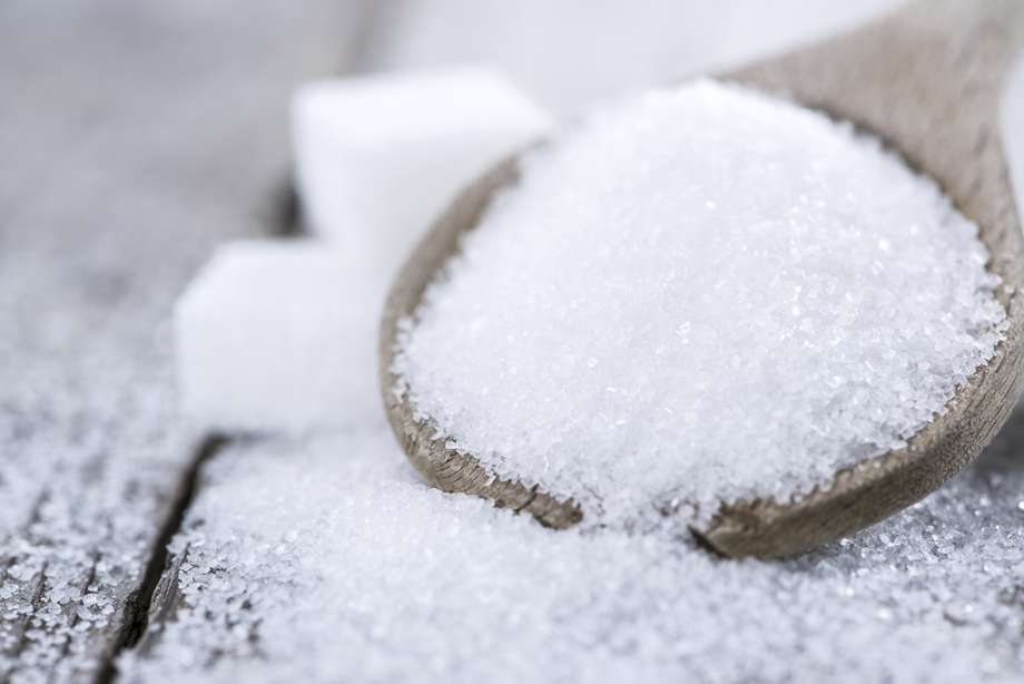 Açúcar prejudica mais a pressão que o sal, diz estudo