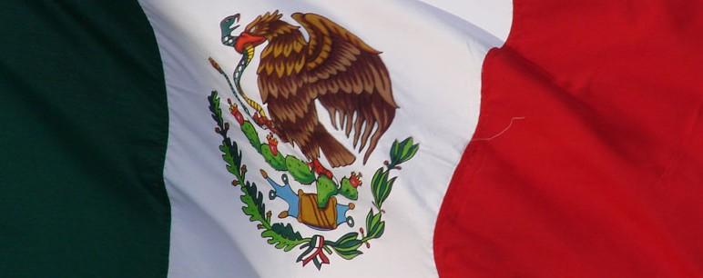 Protesto contra jovens desaparecidos termina em vandalismo e com 3 detidos no México