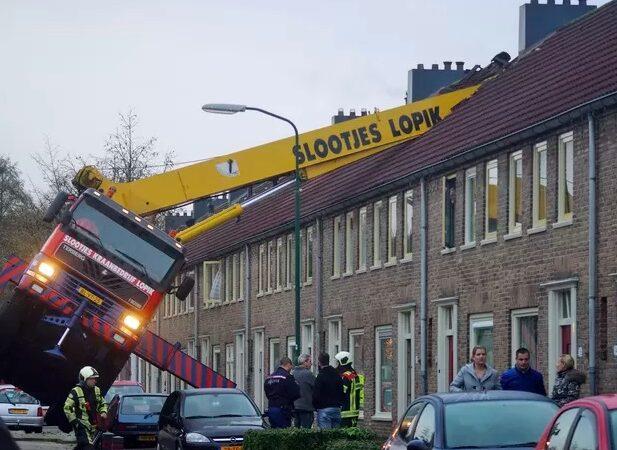 Pedido de casamento termina em acidente na Holanda