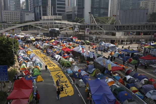 7000 policiais deverão ser utilizados para acabar com os acampamentos dos manifestantes em Hong Kong