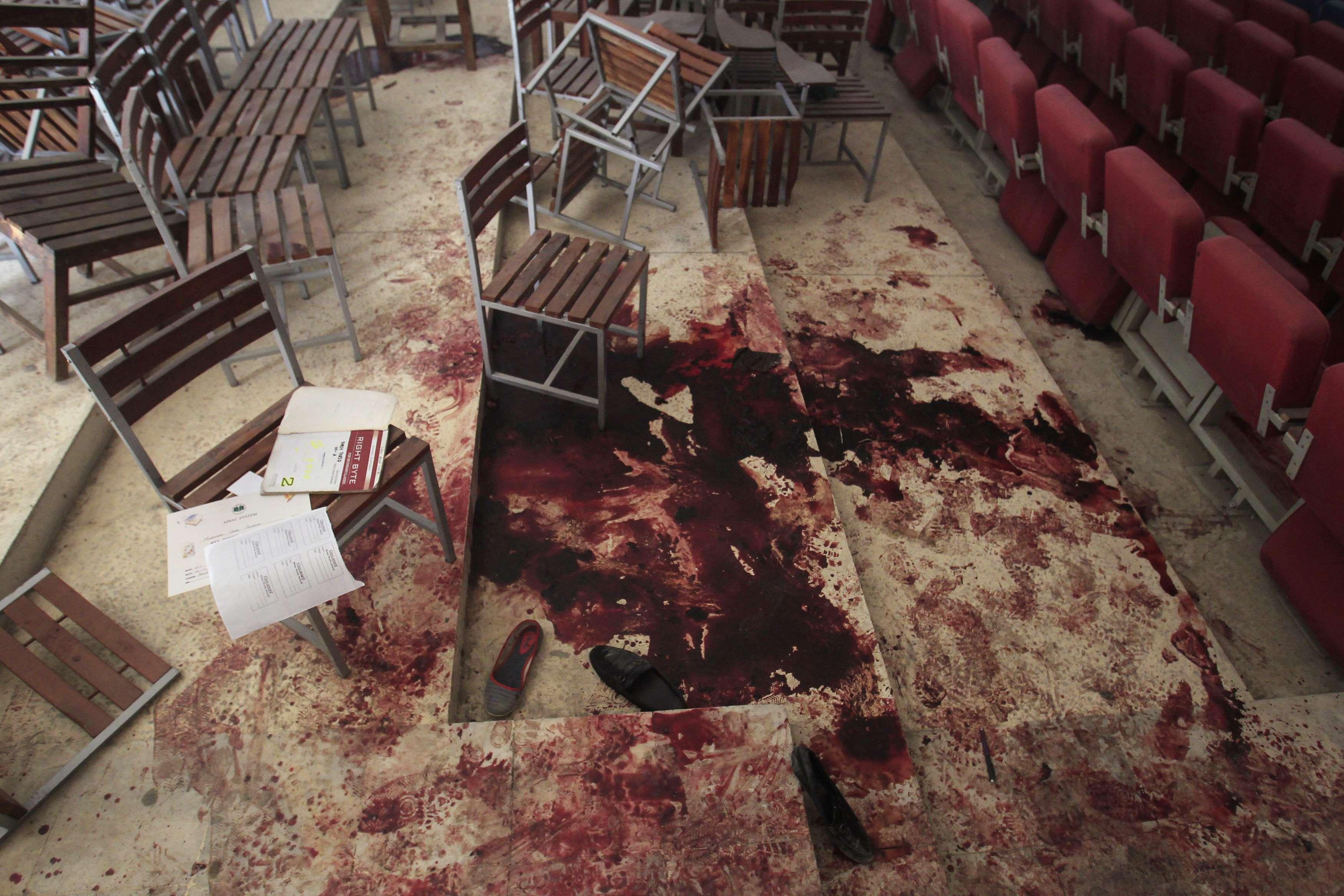 Garoto Paquistanês escapa de massacre devido à falha no despertador