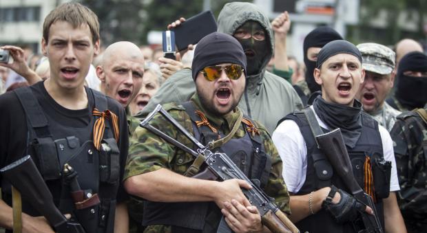 Separatistas pró – Rússia deixam a região de Dontesk