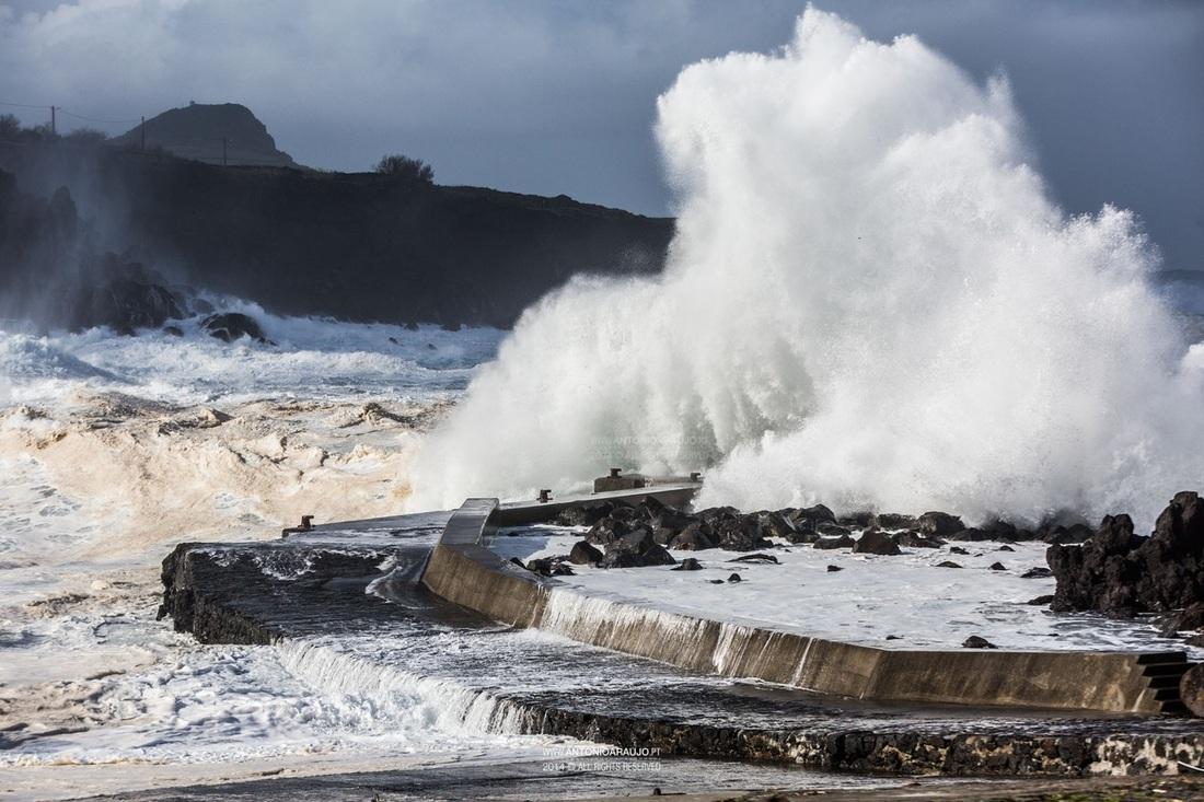 Praias do mundo correm risco de serem 'varridas' do mapa