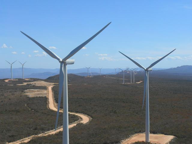 Usinas eólicas e de biomassa fornecerão duas Belo Montes de energia ao Brasil em 2015