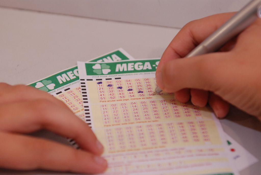 PF desarticula fraude em pagamento de prêmio em loterias