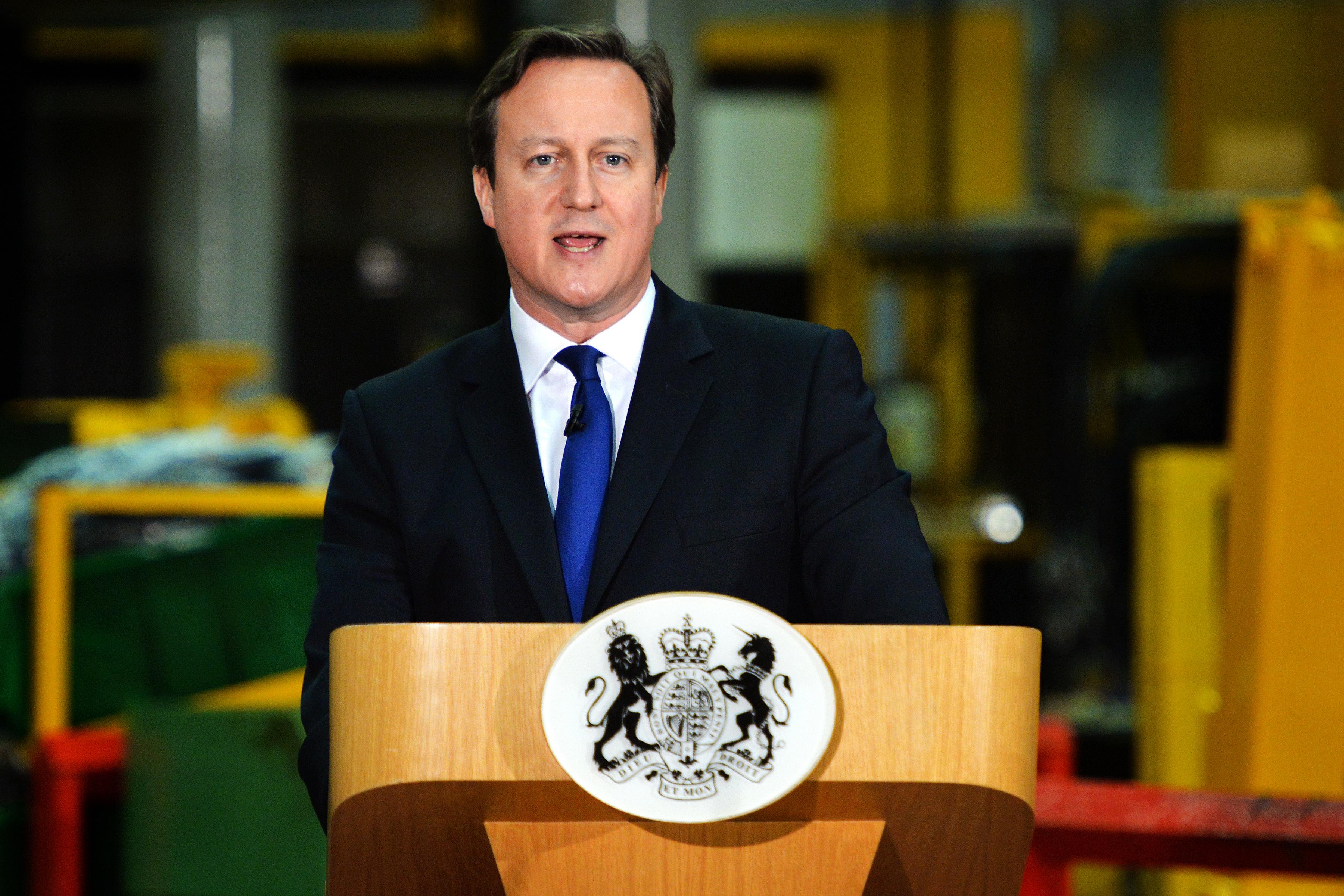 Contra terrorismo, premier britânico quer proibir WhatsApp