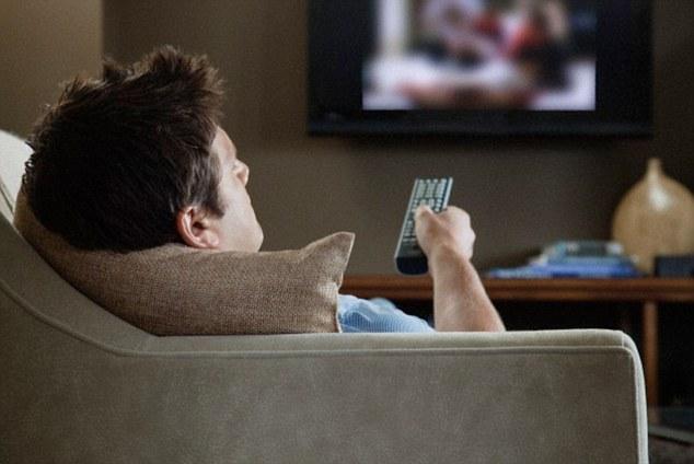 Britânico sofre déjà vu extremo e para de ver televisão e ler por achar que já viveu tudo antes