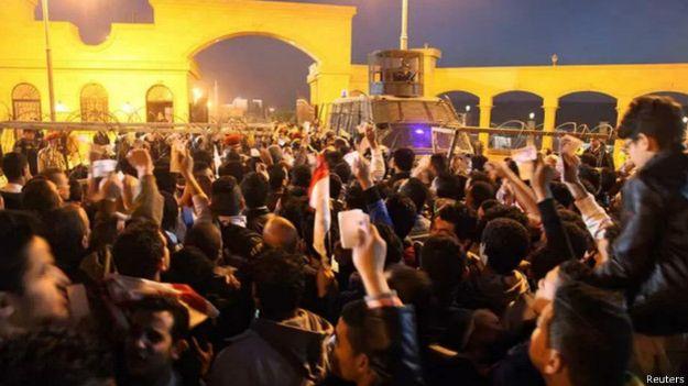 Tumulto em jogo de futebol deixa 19 mortos no Egito