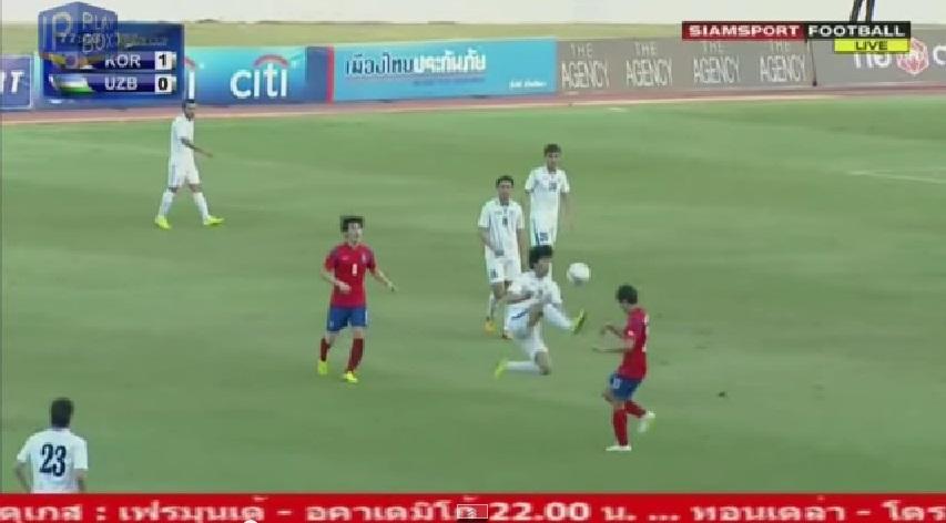 Partida entre Uzbequistão e Coreia do Sul vira pancadaria com golpe de kung fu e soco no rosto