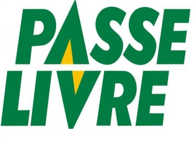Governador de São Paulo sanciona Lei do Passe Livre estudantil