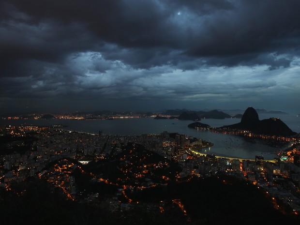 Ameaça de temporal deixa moradores do Rio de Janeiro em alerta