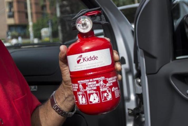 Contran adia por mais noventa dias o uso de extintor veicular ABC