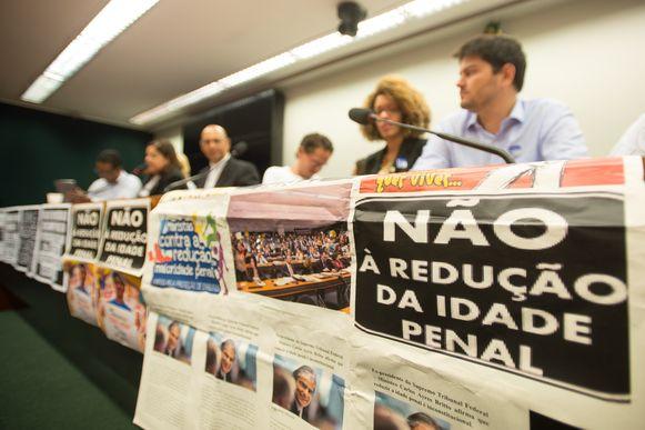 ONGs pedem investimento em educação como alternativa à redução da maioridade
