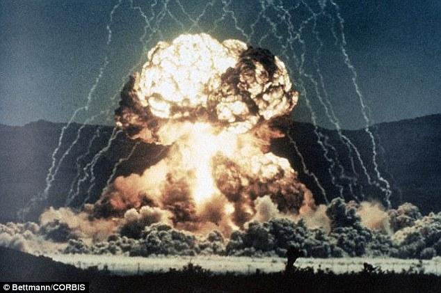Em conferência da Nasa, físico diz que marcianos foram aniquilados por uma bomba nuclear