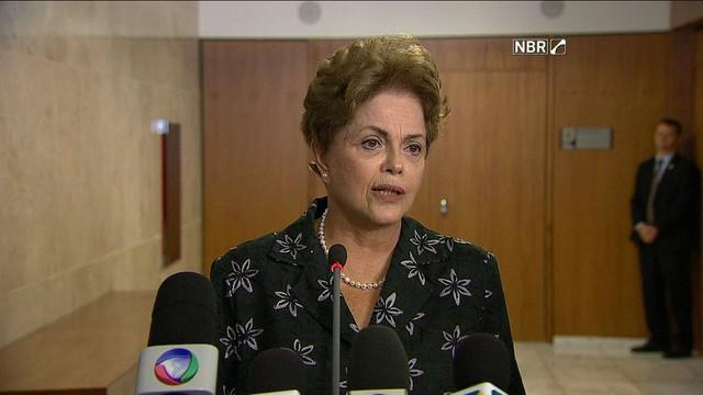 Mesmo com saída de Cid Gomes, Dilma diz que não fará reforma ministerial