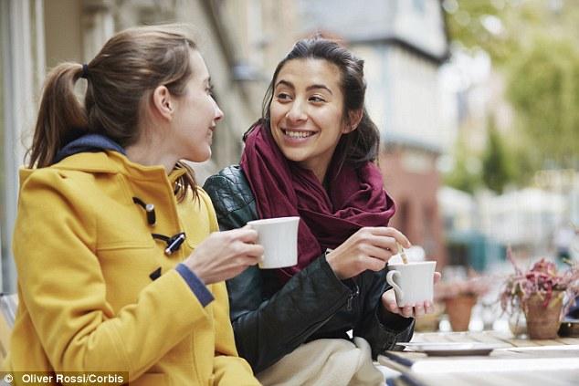 Beber café moderadamente pode reduzir o entupimento nas artérias, releva estudo