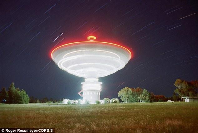 Cientistas revelam que sinais misteriosos vindos do espaço formam múltiplos de um único número, confira