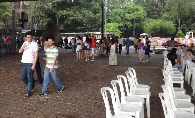 Protesto a favor do impeachment de Dilma Rousseff leva apenas 70 pessoas em SP