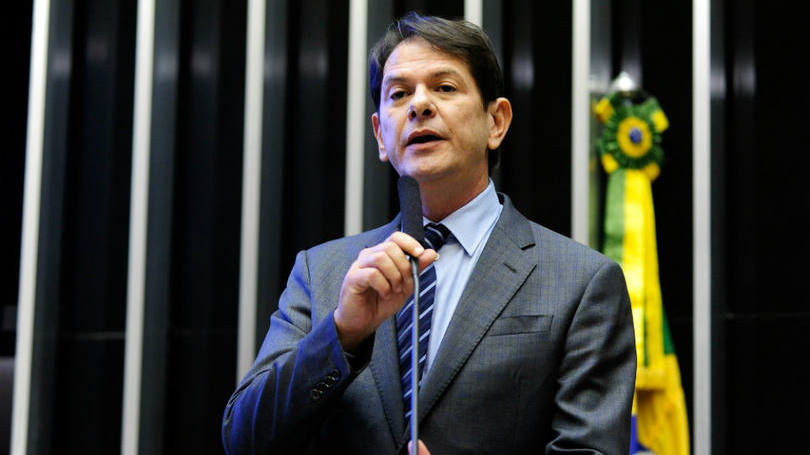 Cid Gomes pede demissão de Ministério da Educação