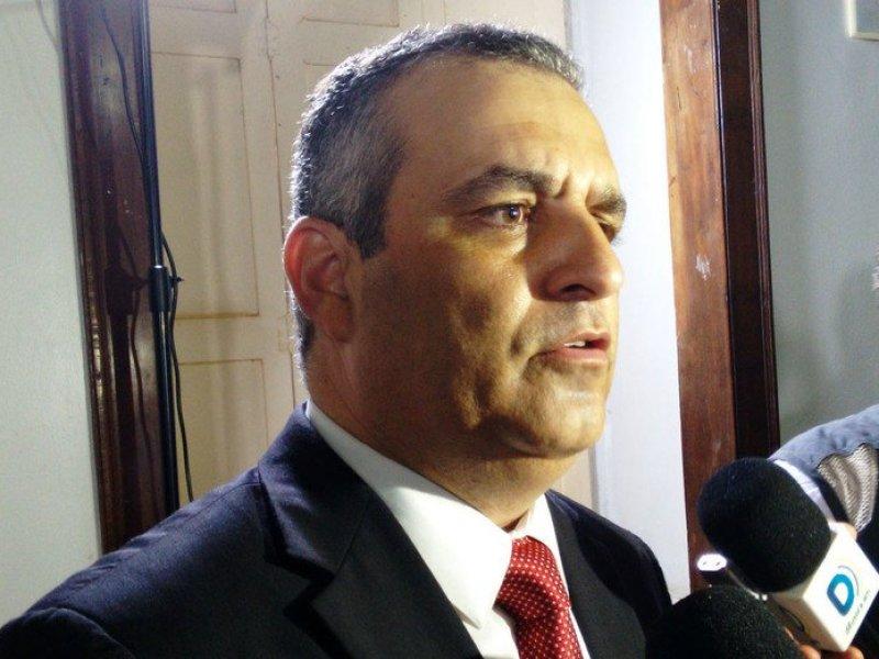 """Promotor de Justiça afirma que """"bandido em Alagoas tem dois caminhos: ou se entrega ou morre"""""""
