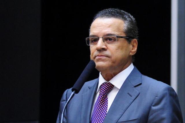 Henrique Alves será nomeado ministro do Turismo nesta quarta-feira (15)