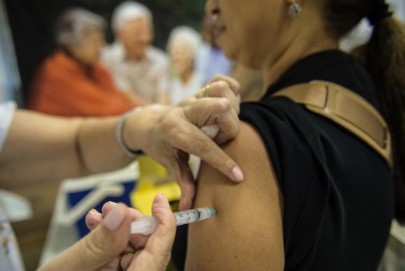 Postos de saúde começam na segunda-feira (4) campanha de vacinação contra gripe