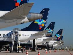 Azul linhas aéreas avião