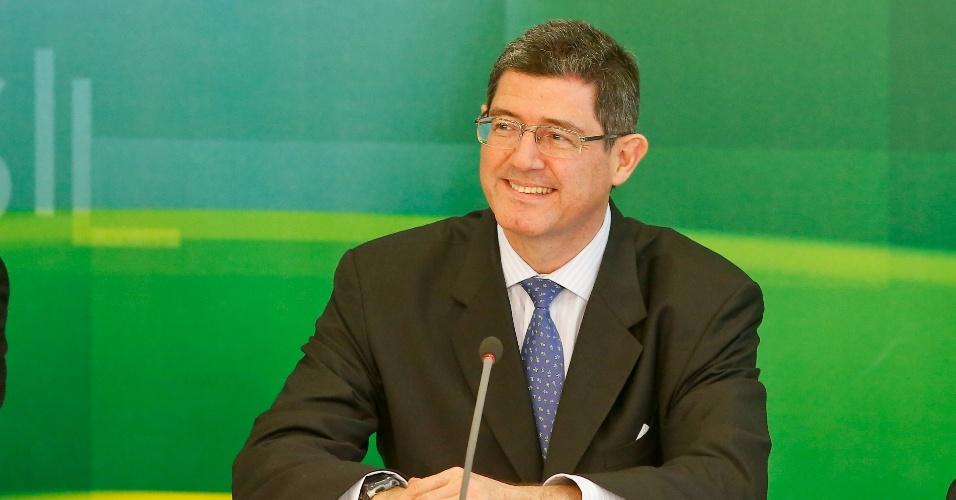 Ministro deixa escapar que Dilma trabalha para levar hub da TAM para o CE