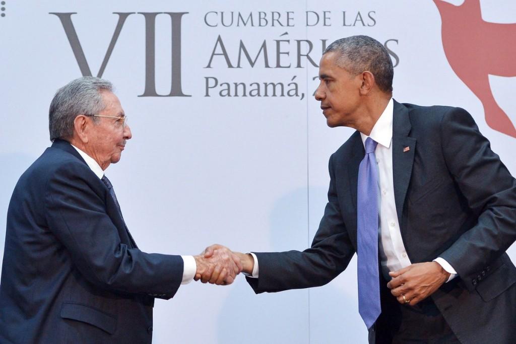 EUA e Cuba anunciam retomada de voos comerciais