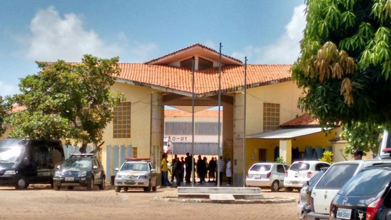 Agente penitenciário é detido com drogas e celulares no presídio de Alcaçuz