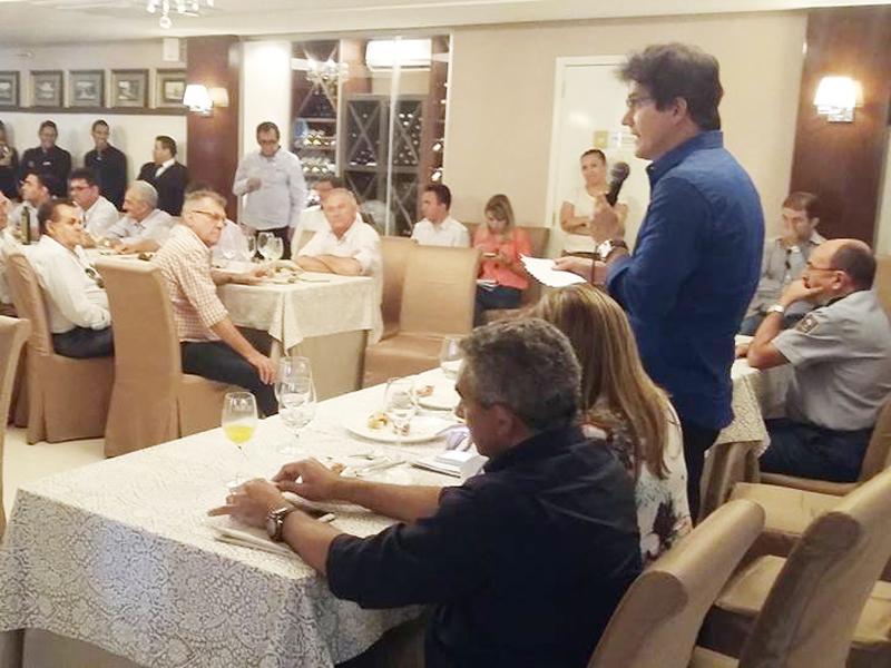 Robinson Faria anuncia implantação de voo regular para Mossoró pela Azul
