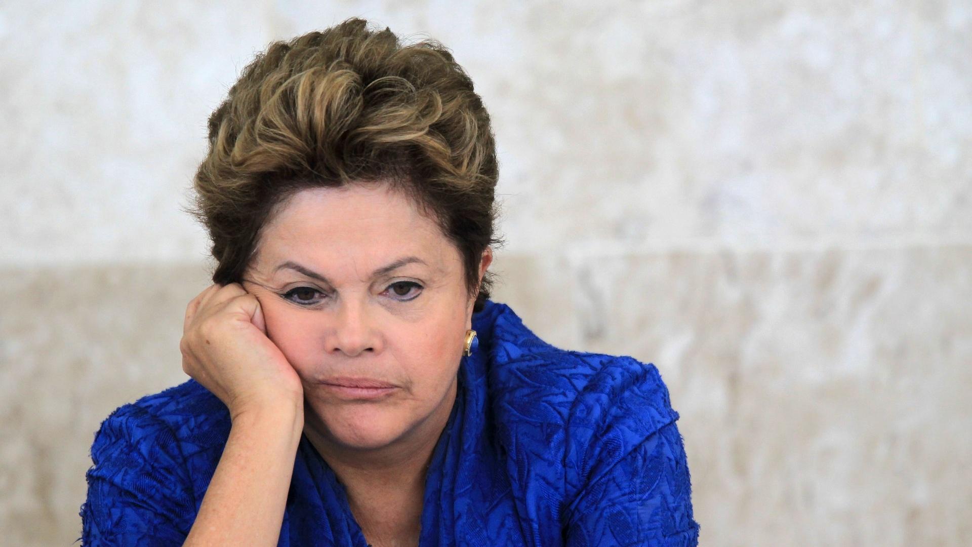 Datafolha: Aprovação a Dilma continua em 13%