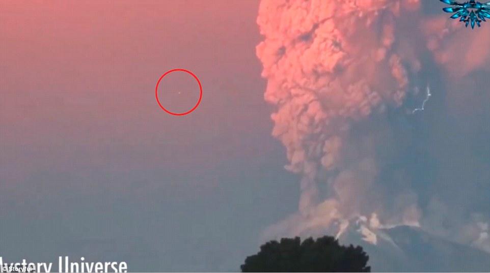 Objeto estranho é visto em vulcão no sul do Chile