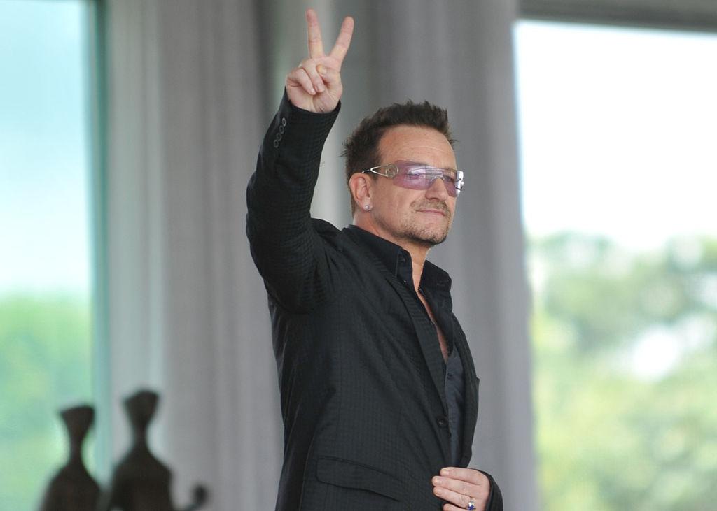 Bono Vox se inspira no Papa e faz apelo por mundo sem fome